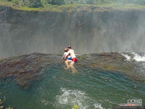世界上最危险的游泳池