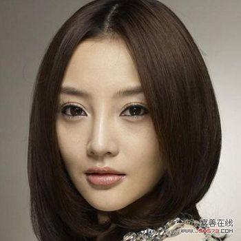 李小璐中分发型_发型达人李小璐百变发型中分发型