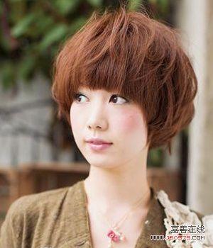 可爱女生盖头发型 彰显活力个性图片