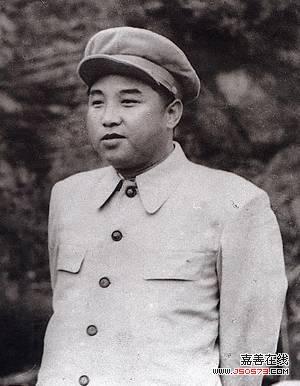 金日成一意孤行欲统江山引发朝鲜战争