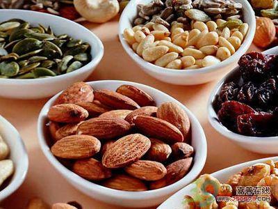 5类夏日排毒食品 肠胃垃圾清理法让你速瘦10斤