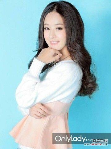 中,赵丽颖一张圆鼓鼓的包子脸萌翻了众人,不过拍摄《昕薇》杂志封面图片